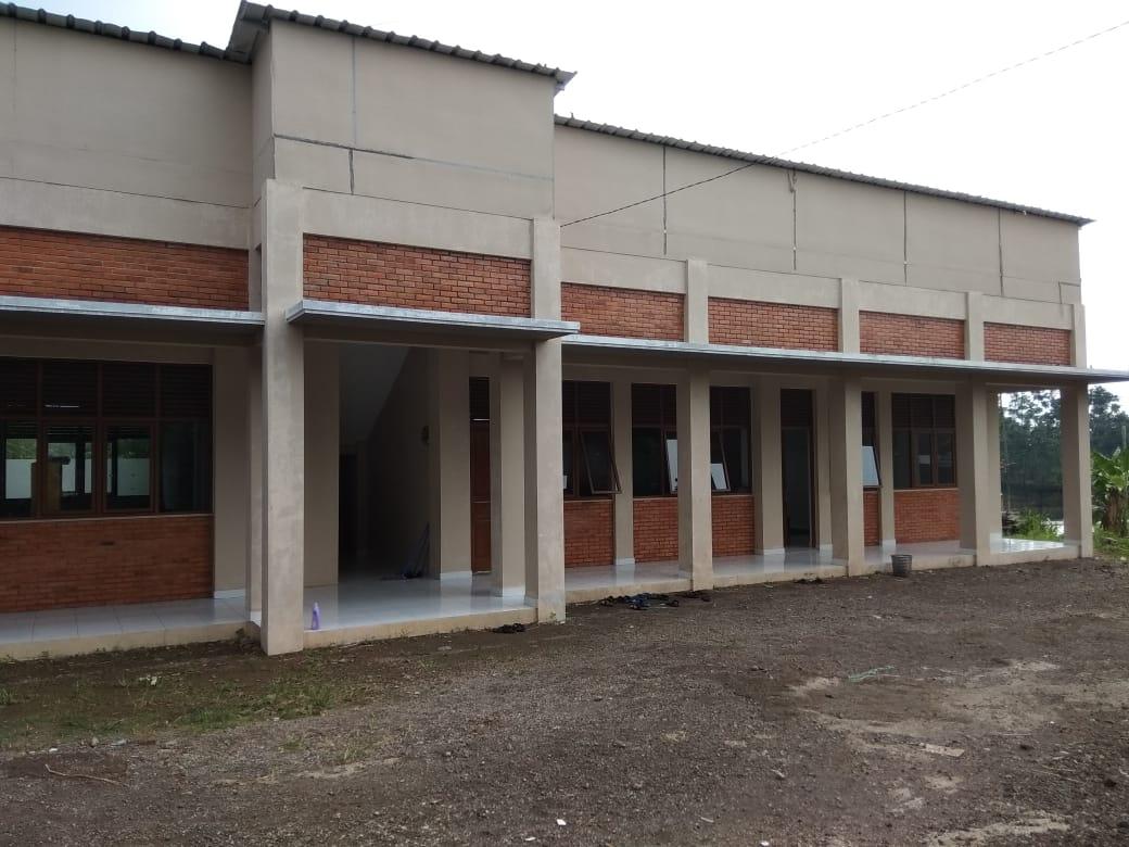 Tsanawiyah/SMA Al-Bayaan